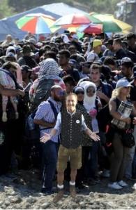 flüchtlinge + strache 1 comb cut
